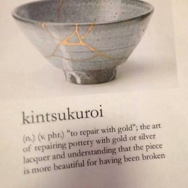 kintsukuroi repaired with gold