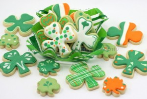 st-patricks-day-shamrock-cookies-001-580x392